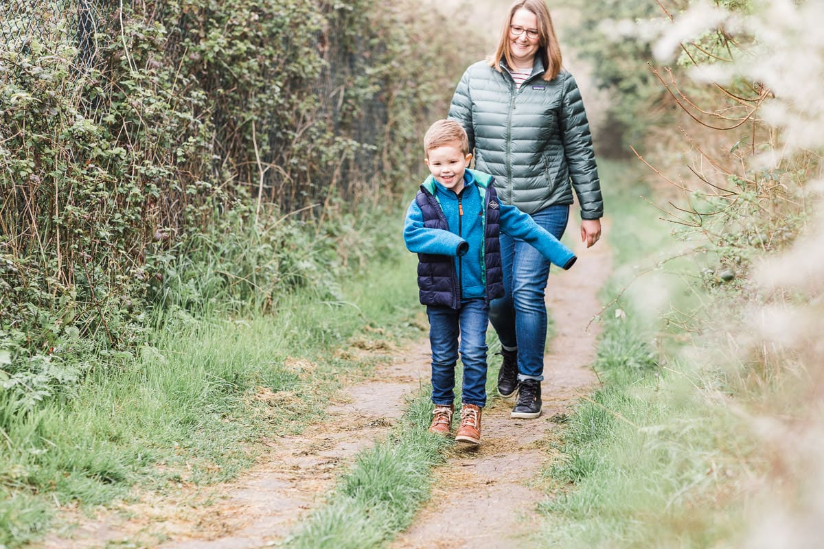 boy and mummy walking on a Bedfordshire footpath