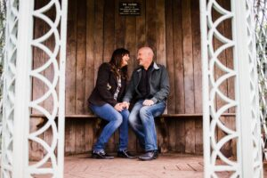 couple in colour in Gazebo at Birmingham Botanical Gardens